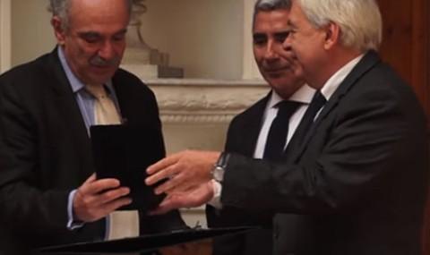 Michel Wieviorka es distinguido como Profesor Honorario UDP