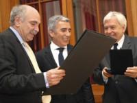 Sociólogo francés Michel Wieviorka es distinguido como Profesor Honorario UDP