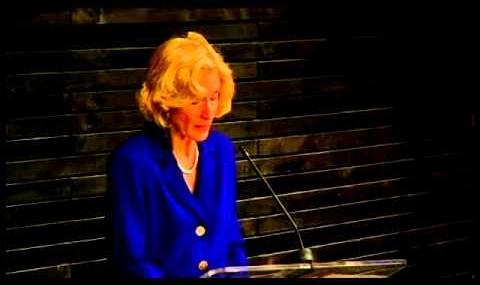 Martha Nussbaum: Justicia y empoderamiento humano: capacidades para el desarrollo internacional