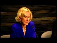 Martha Nussbaum: Justicia y empoderamiento humano: capacidades para el desarrollo internacional – Preguntas