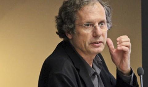 Filósofo Maurizio Ferraris iniciará ciclo 2016 de la Cátedra Globalización y Democracia