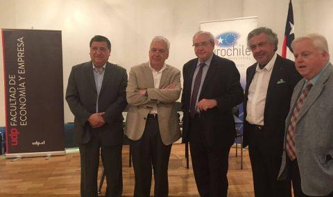 Ernesto Ottone presentó libro de Jean-Paul Huchon sobre Michel Rocard